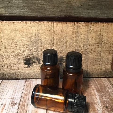 Ápoló olaj,- és viasz, tisztító szappan